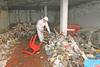 Retiran 7.000 kilos de basura del bloque C en Cáceres
