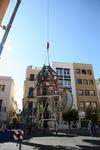 Telefónica retira la aparatosa antena de la Plaza de España de Badajoz