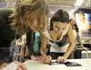 Chenoa firma discos en Badajoz