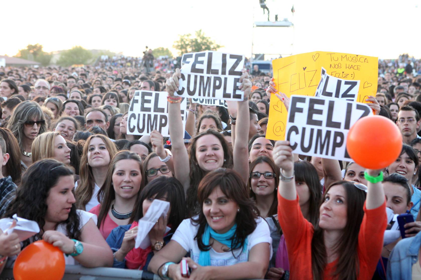 Pablo Alborán celebra su cumpleaños con un concierto en Cáceres