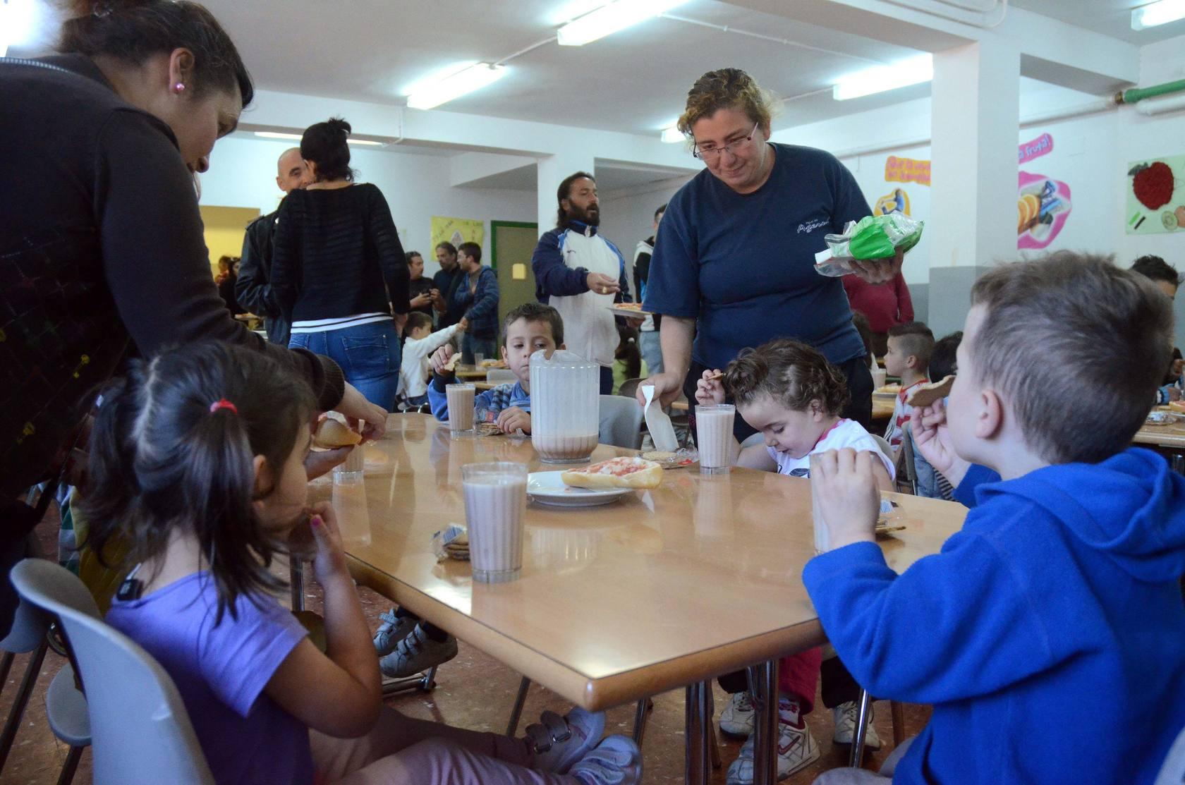 Desayuno solidario en el colegio José María de Calatrava